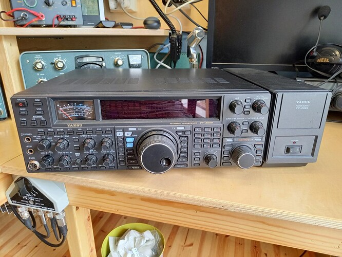 FT-2000